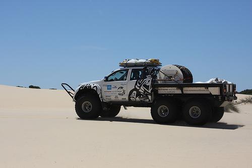 Toyota Land Cruiser sand